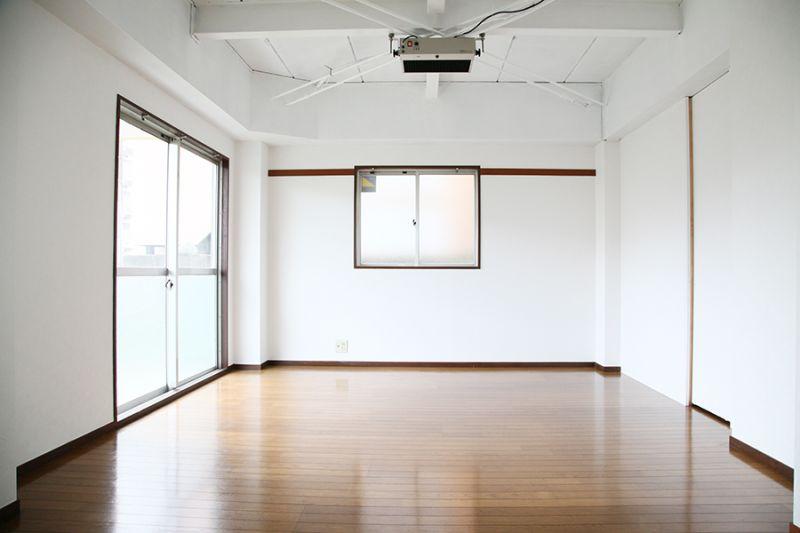 レンタルスペースザマスタジオ フォトスタジオ&多目的スペースの室内の写真