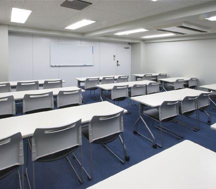 貸会議室ルームス錦糸町店 錦糸町店第4会議室の室内の写真
