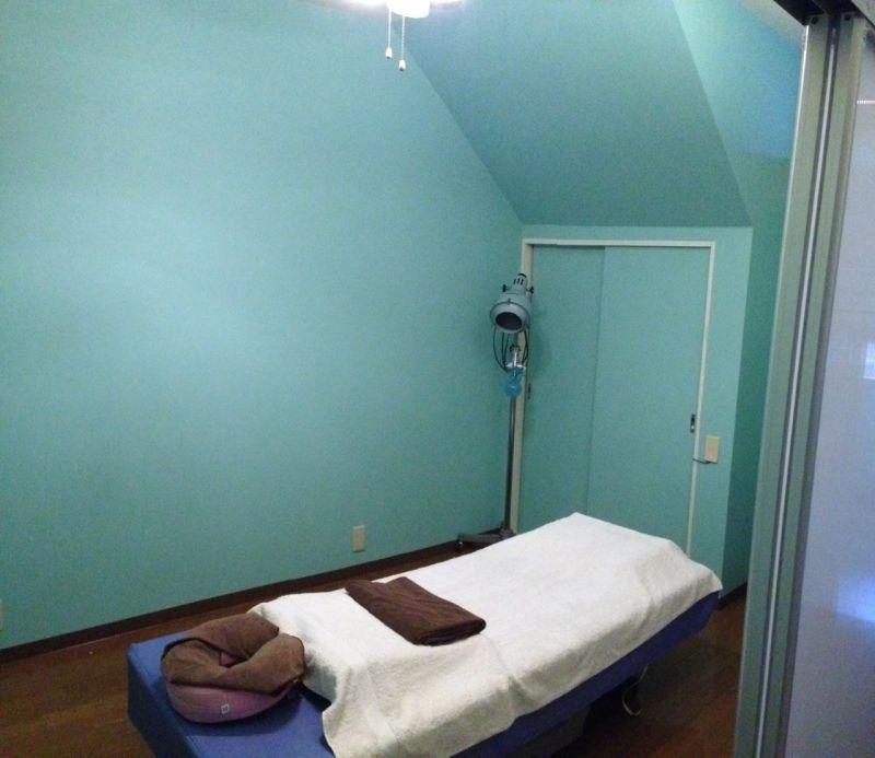 LOCONALU プルメリアルームの室内の写真