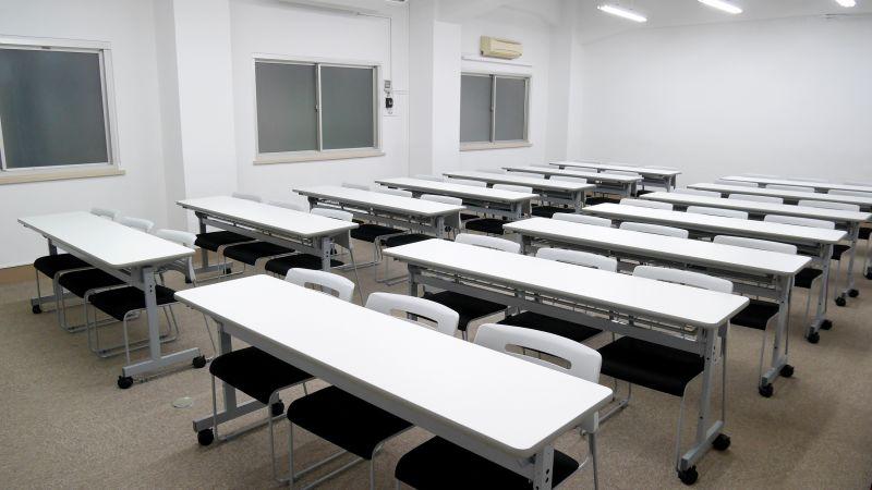 Natuluck飯田橋東口駅前店 2階中会議室の室内の写真
