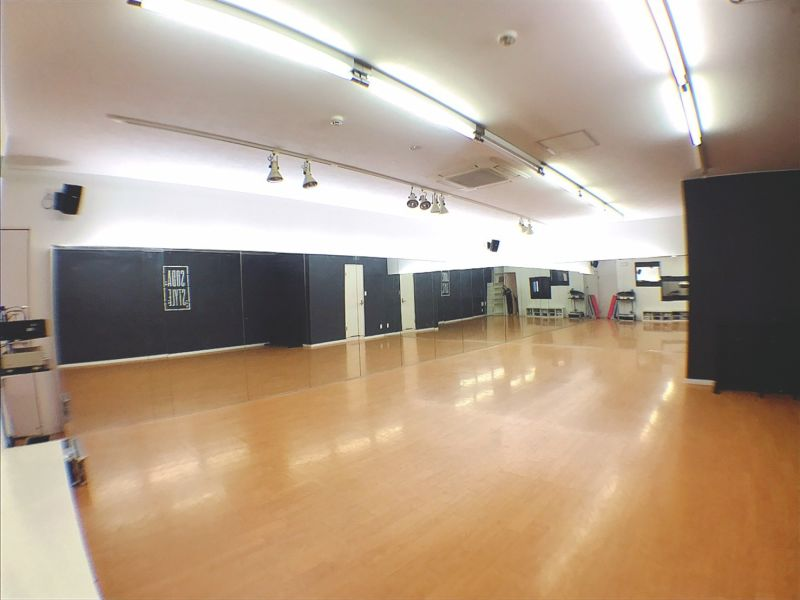 STUDIO SODA ダンススタジオの室内の写真