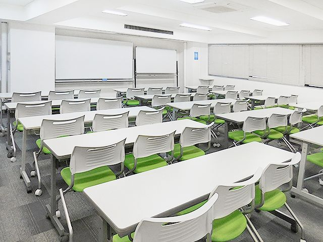 新横浜ホール【加瀬会議室】 第1会議室の室内の写真