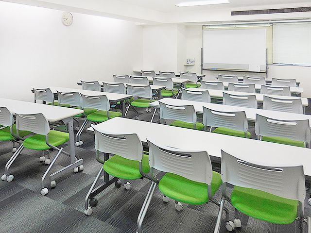 新横浜ホール【加瀬会議室】 第3会議室の室内の写真