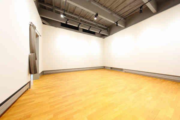 レンタルスペース ハッピーエンド 多目的ルームの室内の写真