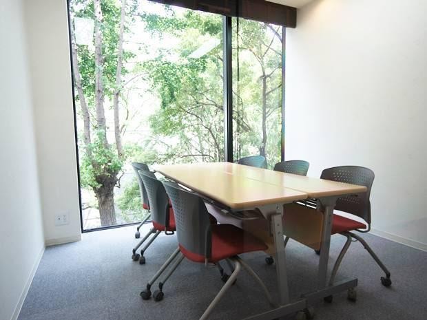 名古屋会議室 栄店 第407会議室(4階)の室内の写真