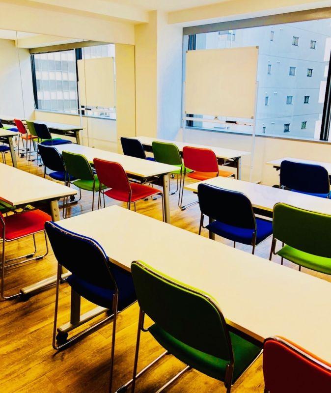 【名古屋】D-START 丸の内 セミナールームの室内の写真