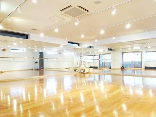 名古屋会議室 自然の薬箱千種駅前店 スタジオ の室内の写真