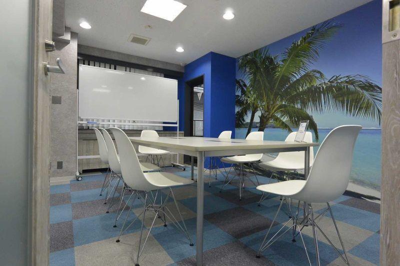 KIZASU.Office 2F MTG-Room 会議室の室内の写真