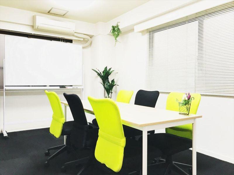 Meguro1組 貸し会議室の室内の写真