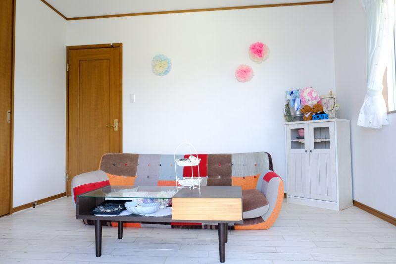 屋嘉ハウス 多目的スペースの室内の写真