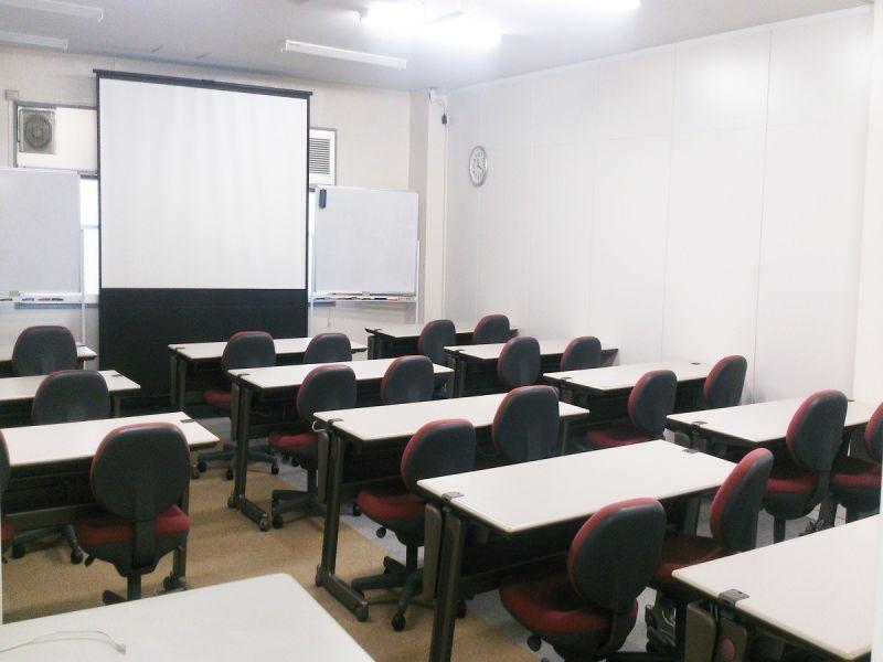 DGSスペシャリスト研修センター 第二教室の室内の写真