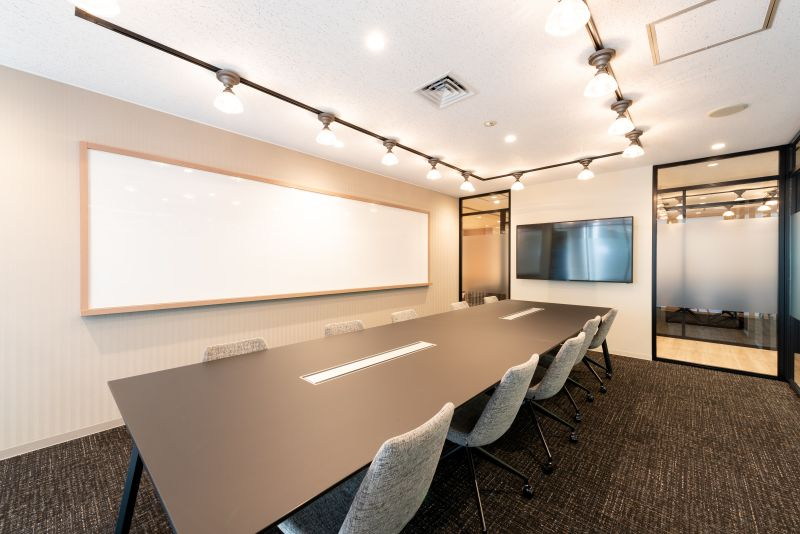 fabbit Otemachi 会議室C(10人まで)の室内の写真
