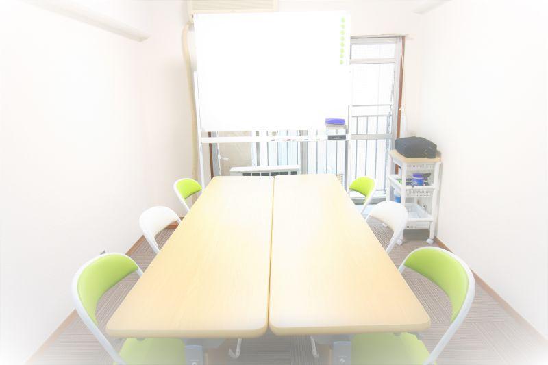 お気軽会議室 博多pico お気軽会議室博多picoの室内の写真