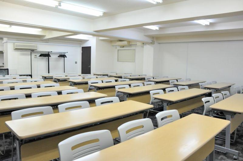 NATULUCK神田北口駅前店 3階大会議室の室内の写真