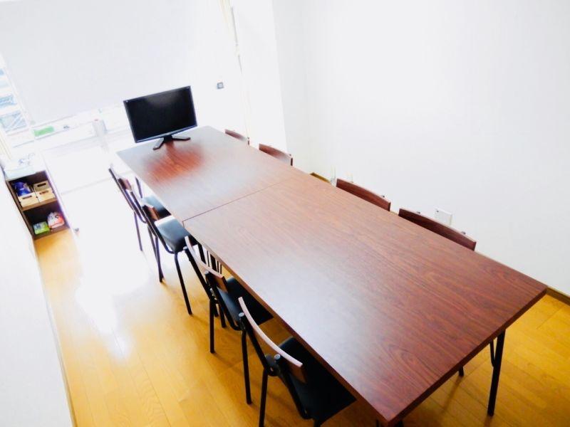 エキマエ会議室 三宮 base02の室内の写真