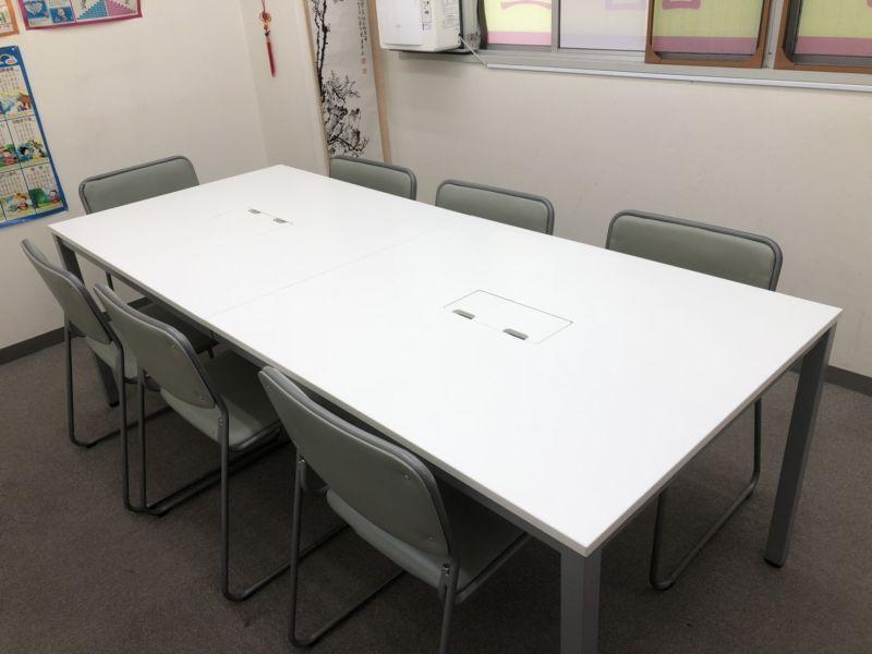 池袋 貸会議室「GOTO」 会議室Cの室内の写真