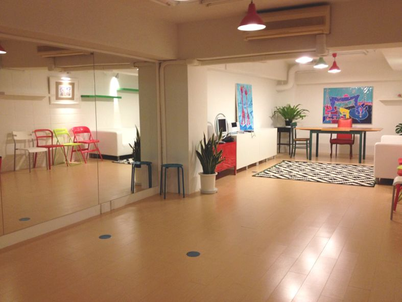 Studio Muku ダンスもできる多目的スペースの室内の写真