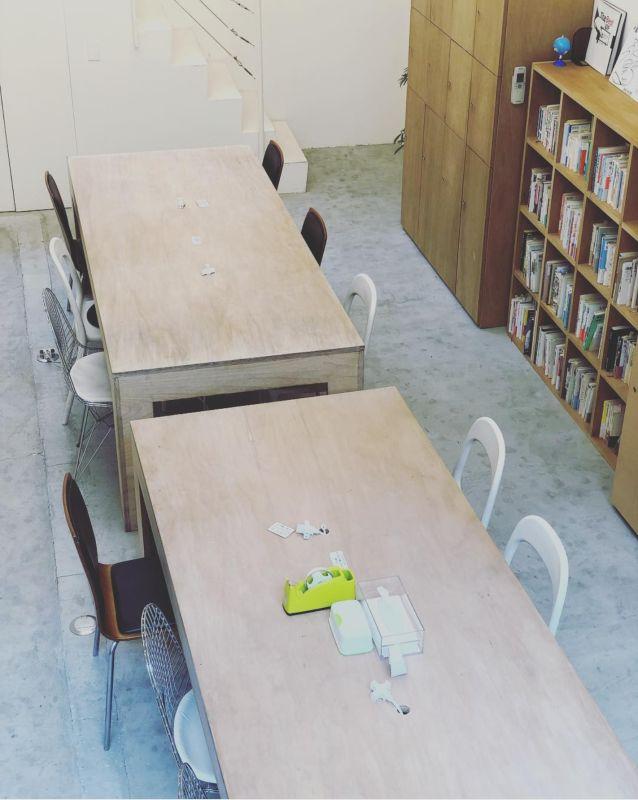 シェアスペース「マリアハウス」 Aテーブル(6名用テーブル貸切)の室内の写真