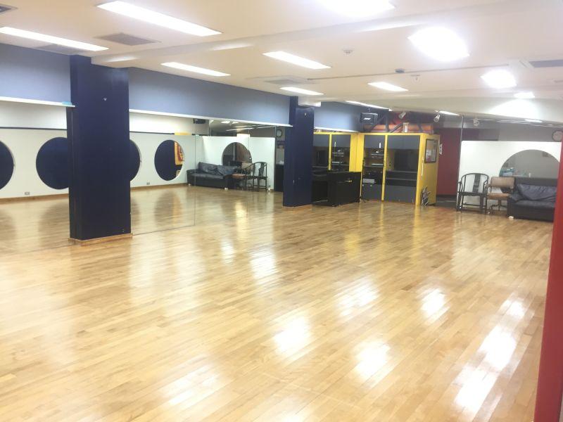 レンタルスタジオ、広いスタジオ KeikoBa P の室内の写真