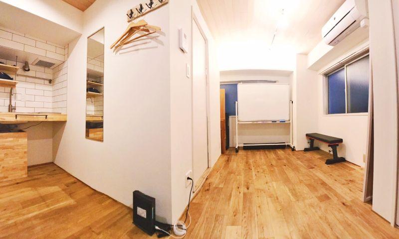 シェアスペース「Sharez」 綺麗な完全個室!多目的利用可能!の室内の写真