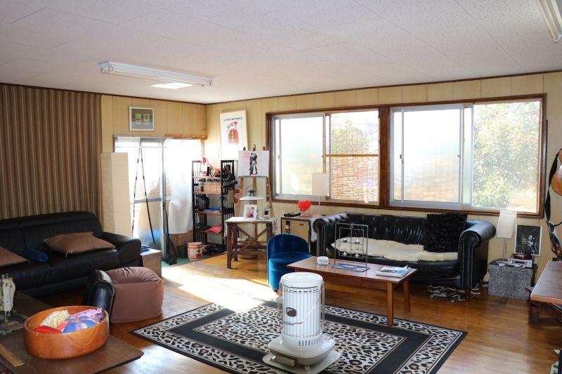ベースキャンプスタジオ東松原 昭和レトロハウススタジオの室内の写真