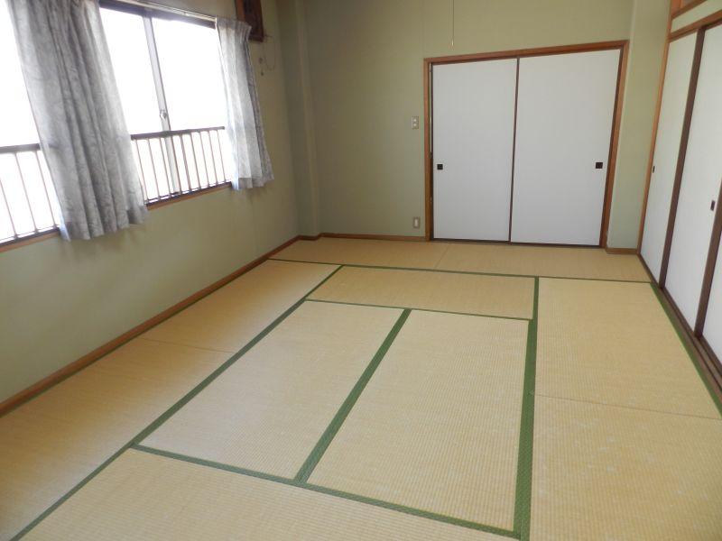 豊中レンタルスペース「Umidass」 和室スペース(10畳)の室内の写真