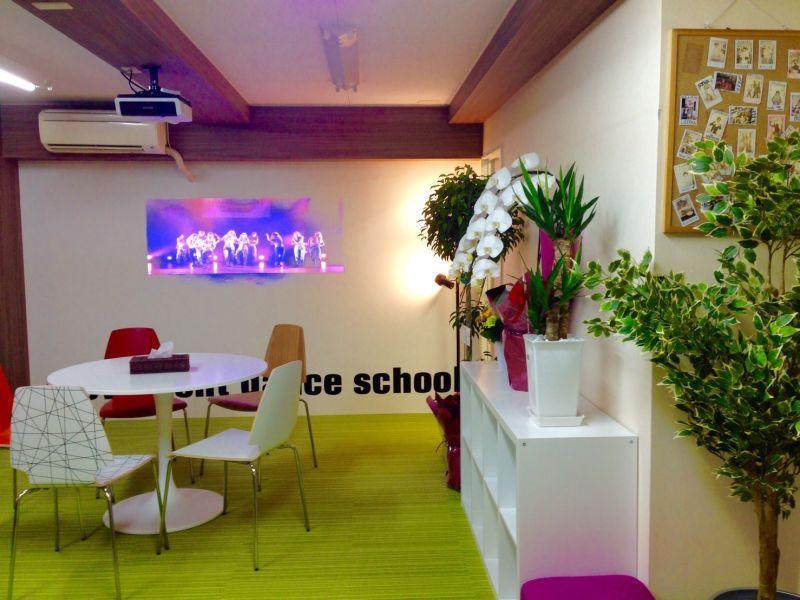 ダンススタジオ撮影上野秋葉原浅草 ダンススタジオ 撮影の室内の写真