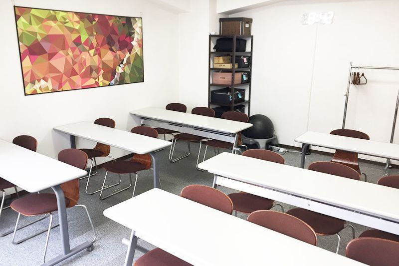 4階ラボ_セミナールーム 貸会議室の室内の写真