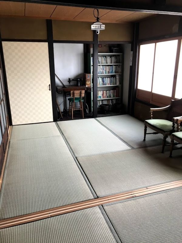京町家 Tawaraya 北の間 2階 4.5畳+3畳の室内の写真