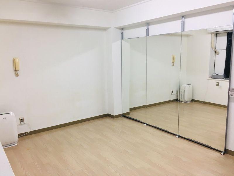 レンタルスタジオカベリ横浜3号店の室内の写真