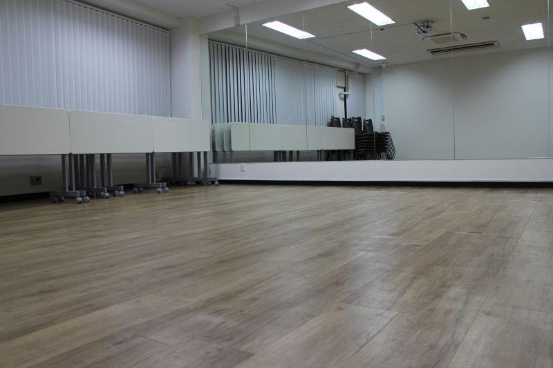 ワン・デイ・オフィス 第2会議室 会議室【歩き方レッスン 講座】の室内の写真
