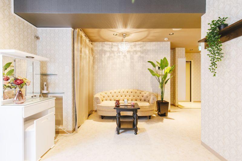 グローリー心斎橋ビル ネイルスペースの室内の写真