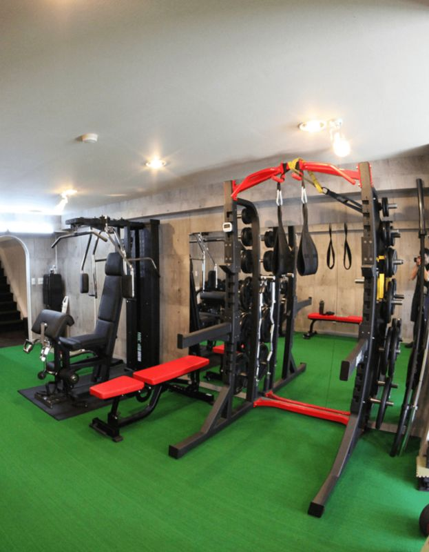 BEEFMAN workout トレーニングジムの室内の写真