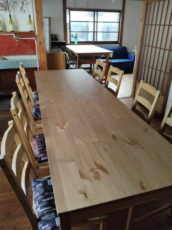 メインスペース6畳板張り - 地酒処つぼみ屋 フリースペースの室内の写真