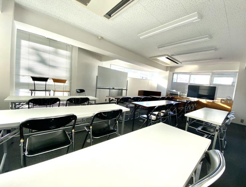 会議室 教室 レンタルスペース 会議室 教室 サロンスペースの室内の写真