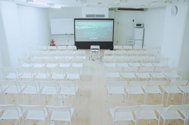レンタルスペースフォレスト 映画鑑賞、イベント、オフ会の室内の写真