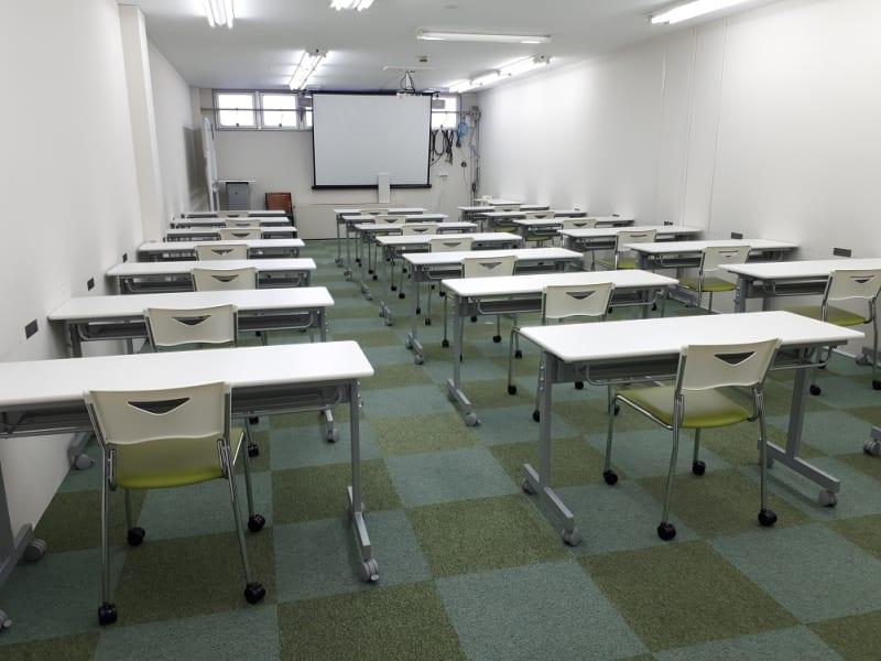 スクール 42名 - 大阪長堀 貸会議室 6階 D会議室の室内の写真