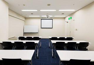 大阪会議室 大阪御堂筋ビル M6会議室(地下4階)の室内の写真