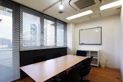 大森貸し会議室 SO! 6名用 小会議室の室内の写真