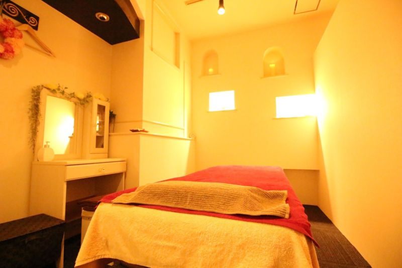 リラクゼーションサロン サロンスペースの室内の写真