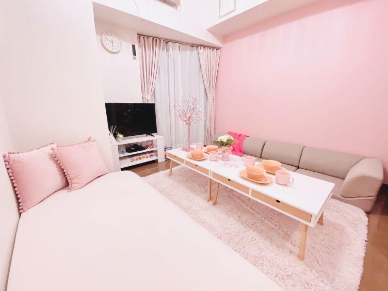 大人可愛い♡リラックスできるスペースです。  ※寝具類のご用意はございません。 - SMILE+フェリス梅田 パーティルーム、レンタルスペースの室内の写真