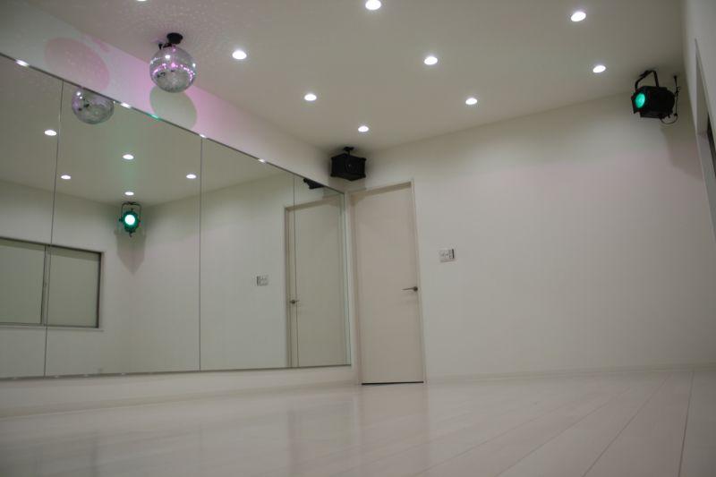 ロータス ダンススタジオの室内の写真