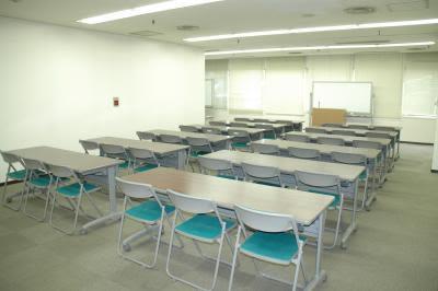 センタープラザ西館貸会議室 2号会議室の室内の写真