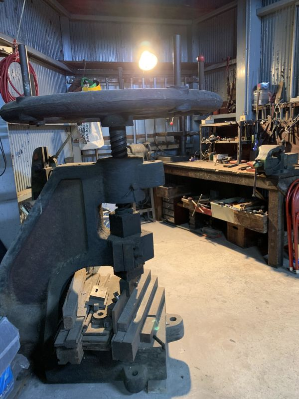 撮影所「吉田冷凍機工業所」 工場の室内の写真