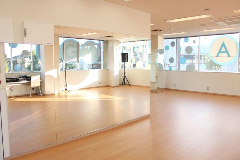 ダンススペース - レンタルスペースどっとこむ 多目的スペース(ダンススタジオ)の室内の写真