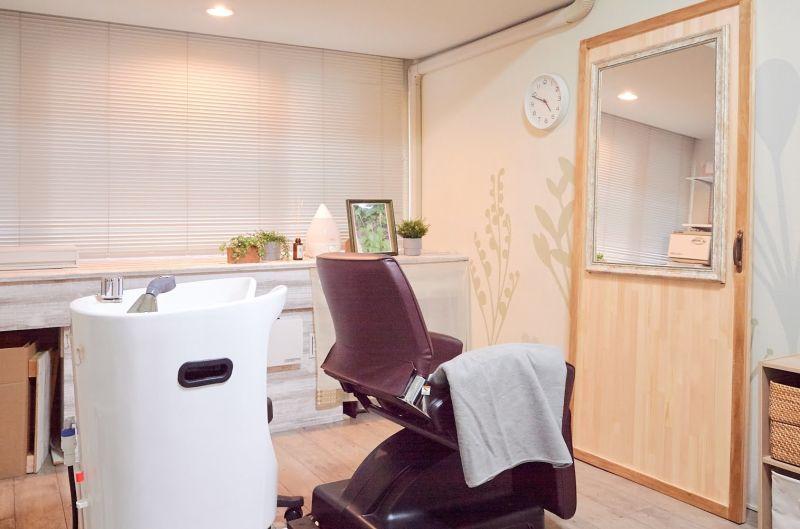 心斎橋レンタル美容室 302 心斎橋駅近のレンタル美容室の室内の写真