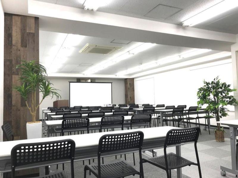 ◆エブリグランデ新大阪◆ 貸会議室、多目的スペースの室内の写真