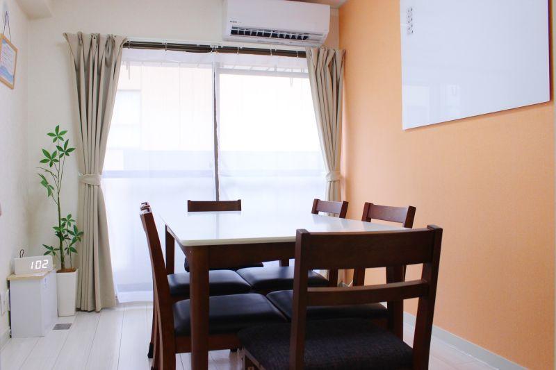 Cooee麹町4B レンタルスペース 会議室の室内の写真
