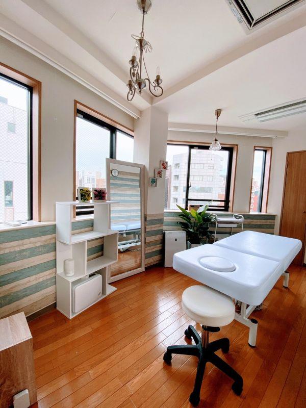 レンタルスペースミディ恵比寿店 レンタルサロン、レンタルスペースの室内の写真