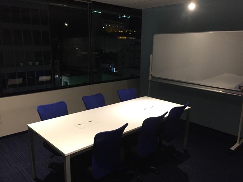 宇都宮コンファレンスホール MeetingRoomの室内の写真